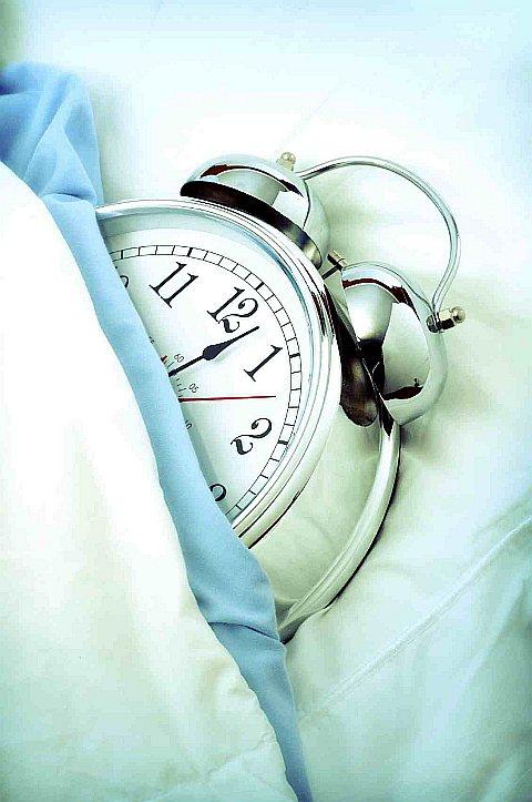 chairman-sleep-vs-insomnia-woman