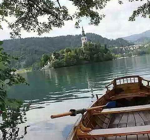 Slovenia: Land of chicken kicking
