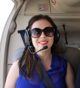 Elise in a helicopter