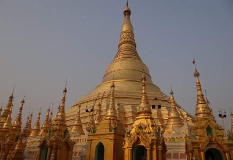 Dusk at the Shwedago Pagoda - Travel Indochina