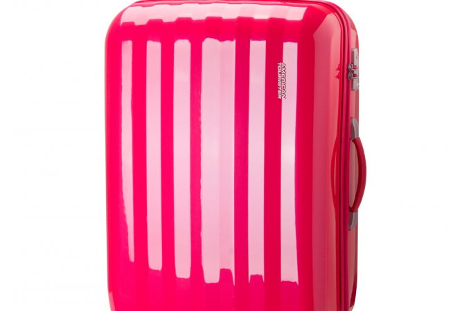 3 ways to make your luggage stand out
